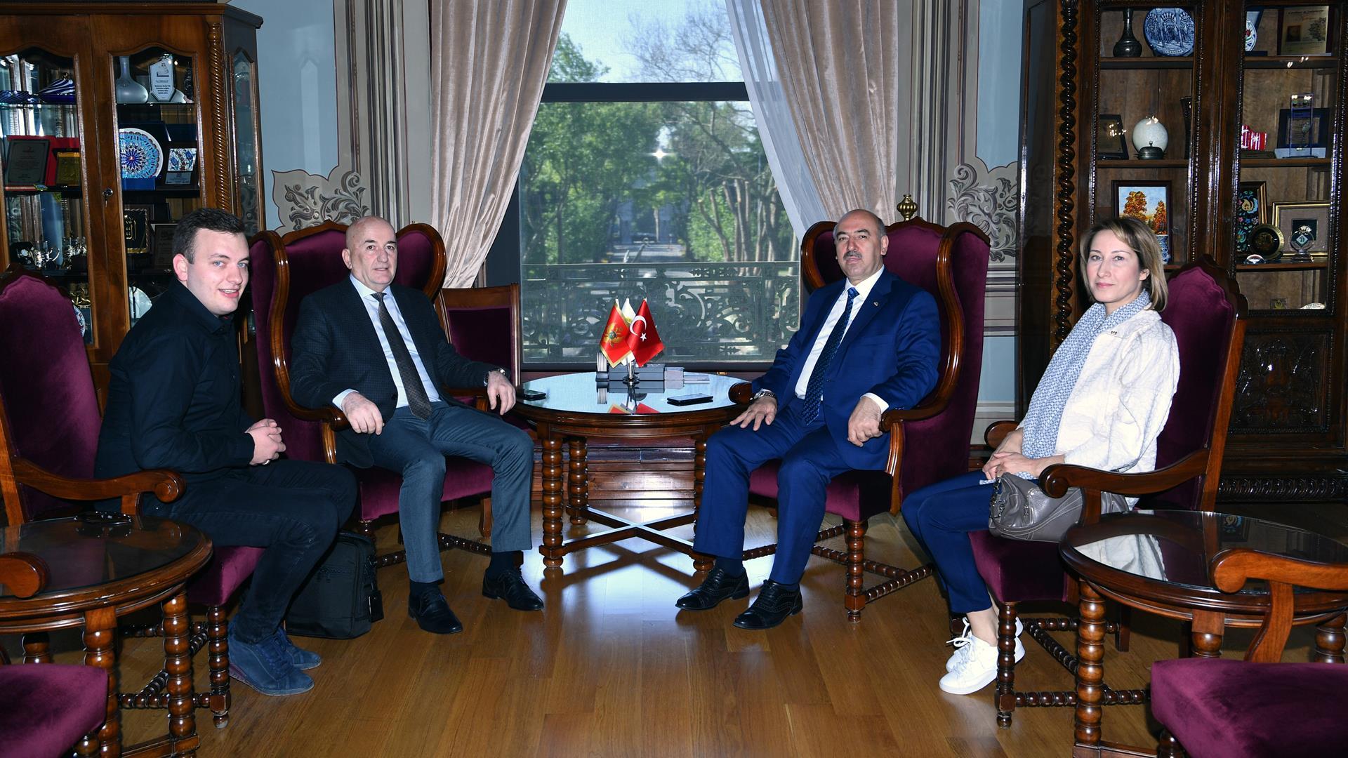 Karadağ-Ulaştırma-Bakanı-Osman-Nurkoviç-İstanbul-Üniversitesi'ni-Ziyaret-Etti