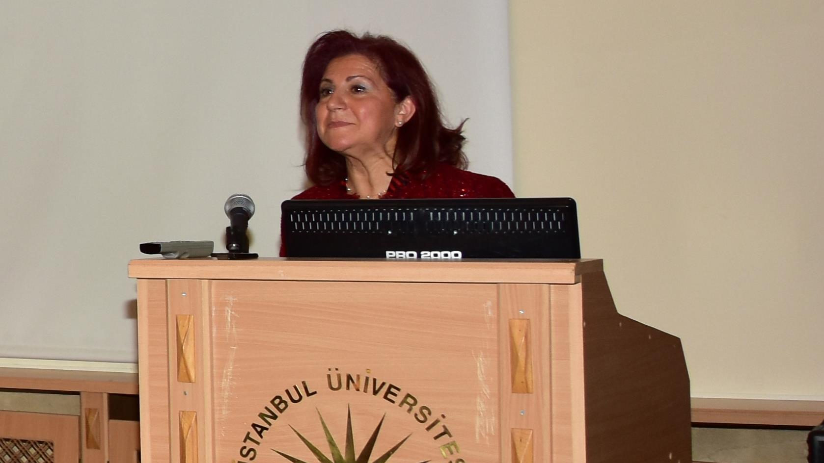"""Prof.-Dr.-Rejin-Kebudi-""""Uluslararası-Onkolojide-Kadın-Lider-ve-Mentor-Ödülü""""ne-Layık-Görüldü"""