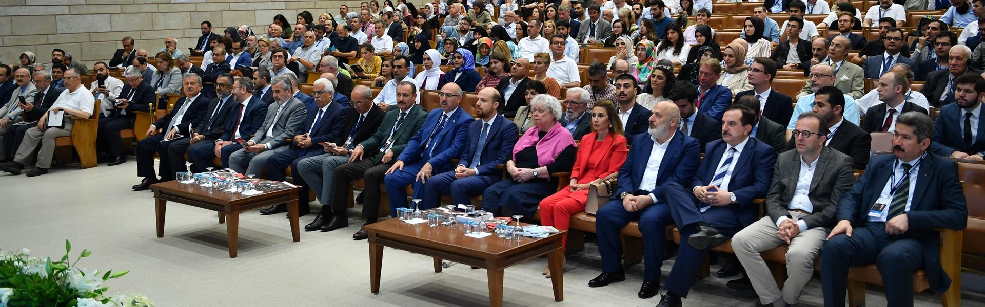 """""""Prof.-Dr.-Fuat-Sezgin-İslam-Bilim-Tarihi-Sempozyumu""""-İstanbul-Üniversitesi'nde-Başladı"""
