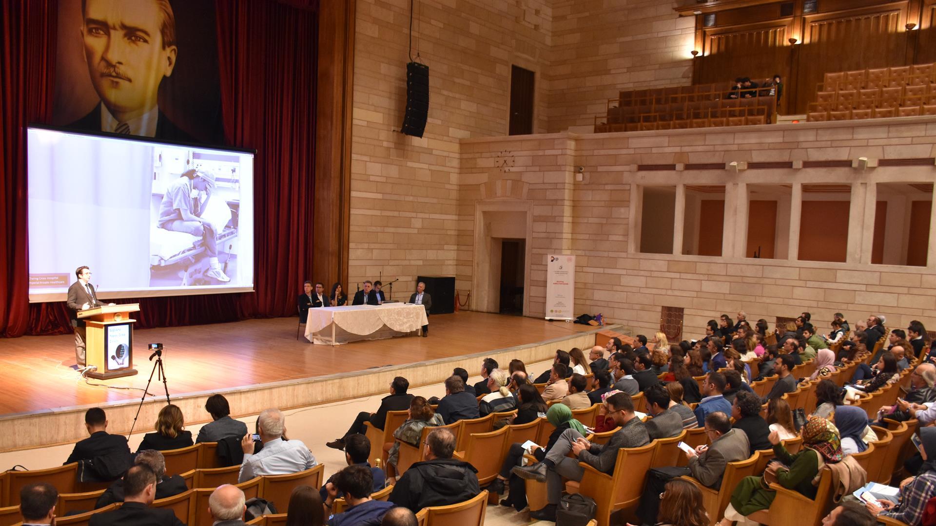 Sağlıkta-Yapay-Zekâ-Zirvesi-İstanbul-Üniversitesi'nde-Gerçekleştirildi