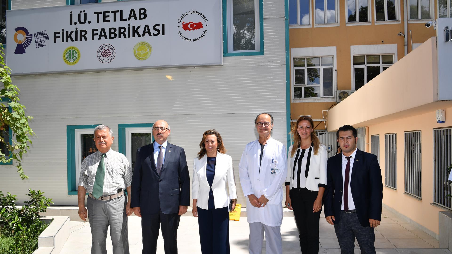 İstanbul-Üniversitesi-Rektörü-Prof.-Dr.-Mahmut-Ak-TETLAB-Fikir-Fabrikası'nı-Ziyaret-Etti