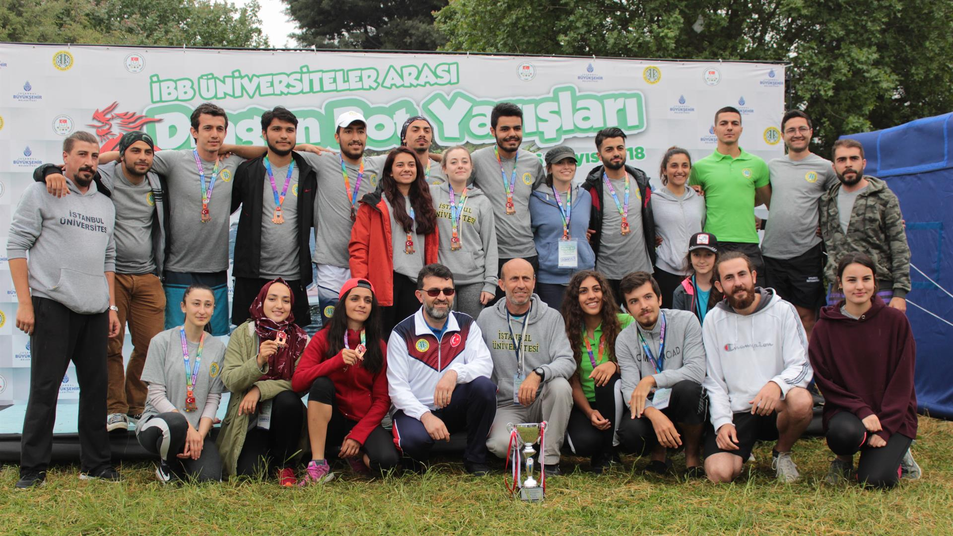 Istanbul-University-Dragon-Boat-Races-were-held