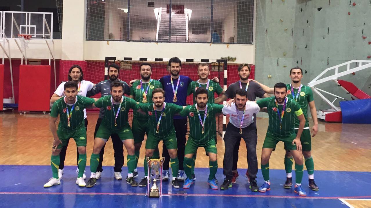 İÜ-Futsal-Takımı-Ülkemizi-Avrupa-Üniversitelerarası-Oyunları'nda-Temsil-Edecek