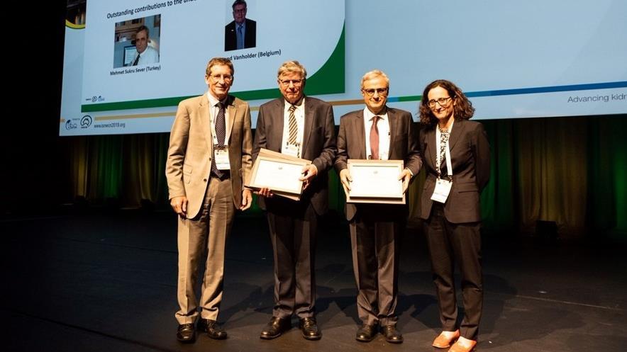 """""""ISN-Bywaters-Ödülü""""nün-Sahibi-Prof.-Dr.-Mehmet-Şükrü-Sever'e-Ödülü-Takdim-Edildi"""