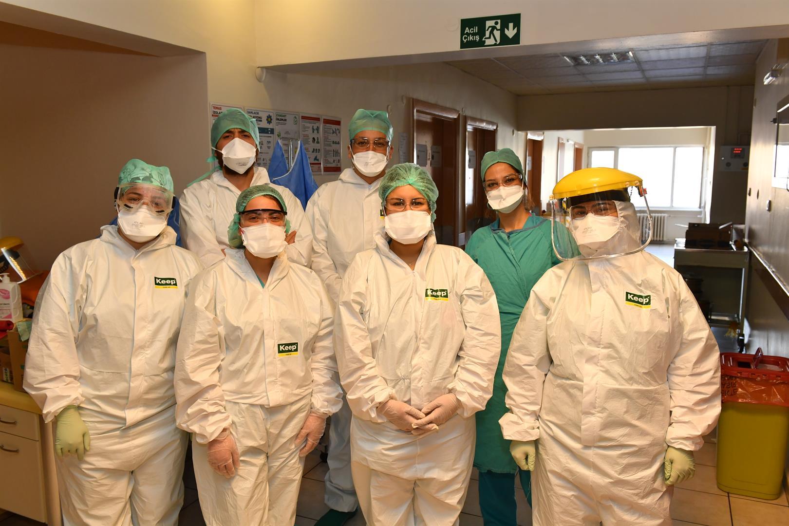 COVID-19 İstanbul-Tıp-Fakültesi Koronavirüs Sağlık-Çalışanları