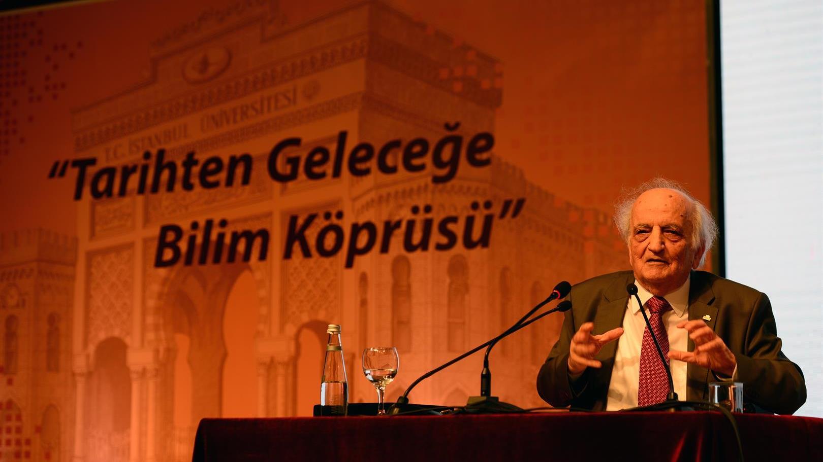 İslam-Bilim-Tarihi-Araştırmacısı-Prof.-Dr.-Fuat-Sezgin-Mezarı-Başında-Anıldı