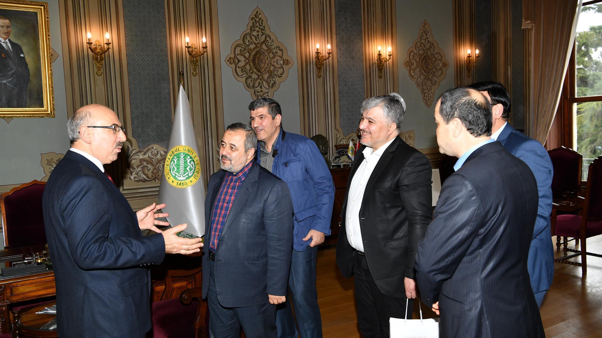 İran-İslami-Azad-Üniversitesi ziyaret
