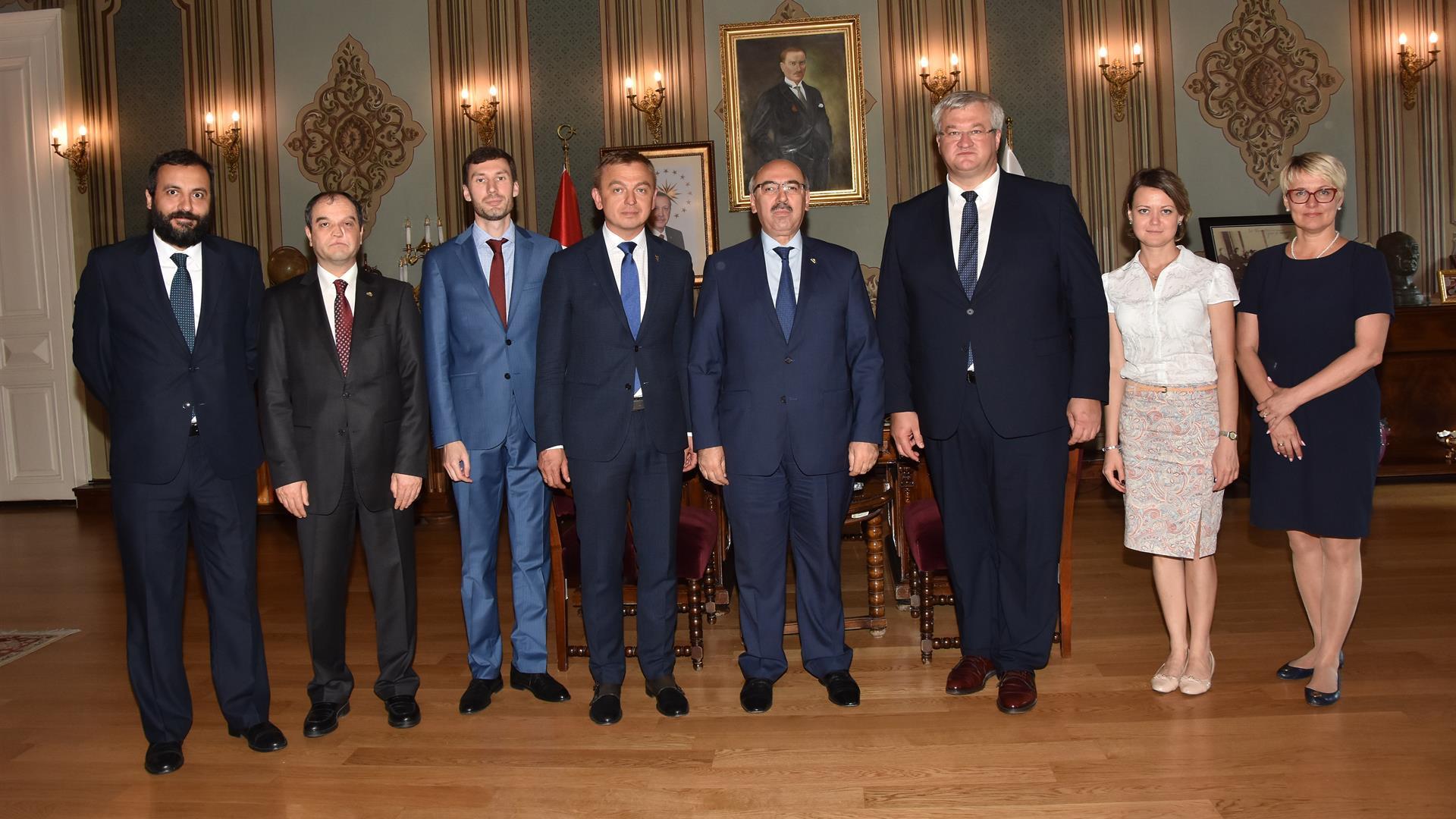 Ukrayna-Büyükelçisi-Andriy-Sıbiga-ve-Ukrayna-İstanbul-Başkonsolosu-Oleksandr-Gaman-İÜ-Rektörü-Prof.-Dr.-Mahmut-Ak'ı-Ziyaret-Etti