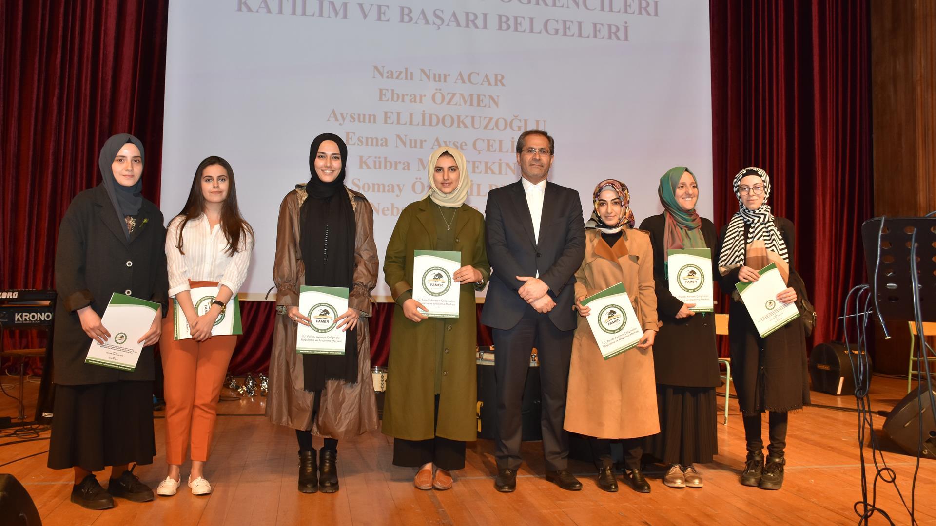 Medya-Alanında-Arapça -Farsça -Rusya-ve-Kazakça-İhtisas-Kursu-Sertifika-ve-Ödül-Töreni-İstanbul-Üniversitesi'nde-Gerçekleştirildi