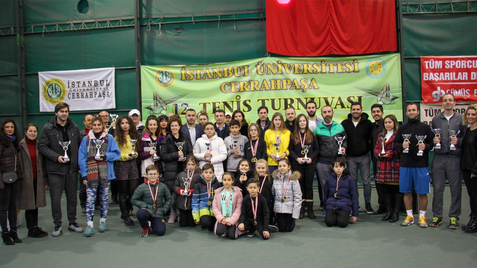 istanbul-üniversitesi istanbul-üniversitesi-cerrahpaşa tenis turnuva 12.-tenis-turnuvası tenis-turnuvası prof.dr.erol-ince prof.dr.-bilge-donuk doç.dr.bora-çavuşoğlu dr.öğr.üyesi-bülent-duran spor-bilimleri-fakültesi spor-bilimleri avcılar-kampüsü tenis-kortu spor-bilimleri-haberleri