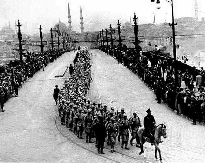 istanbulun-kurtulus-gunu-6-ekim-1923-981
