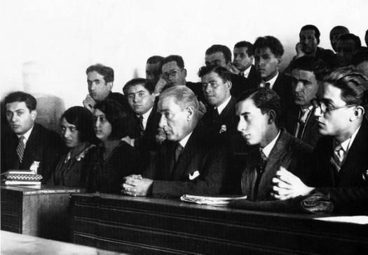 Mustafa Kemal Atatürk İstanbul Üniversitesi Ziyareti [1930]
